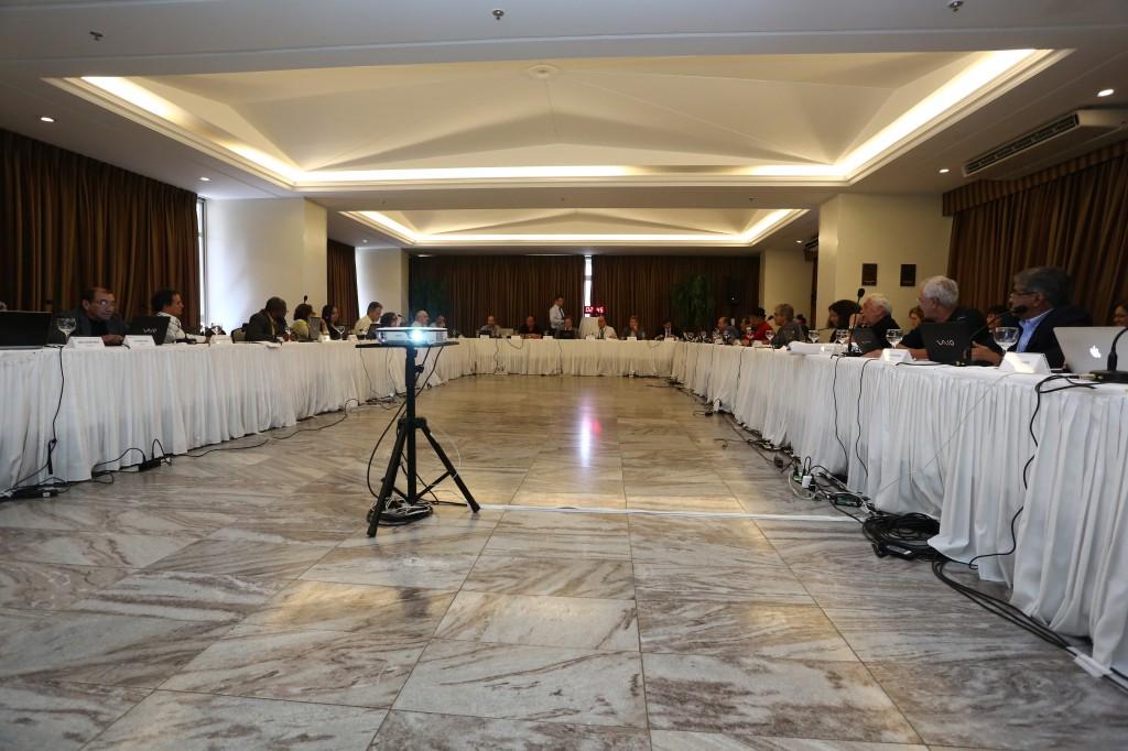 12 Plenária