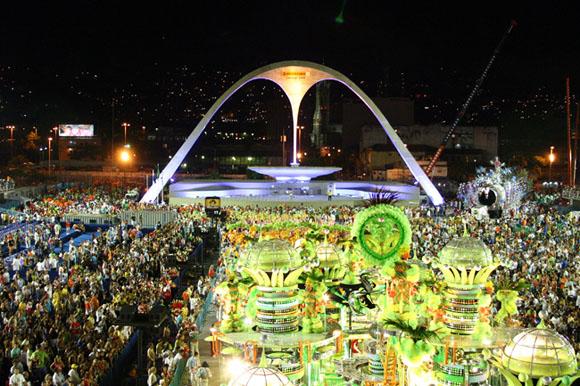 Praça da Apoteose, no Sambódromo do Rio de Janeiro - projeto de Oscar Niemeyer