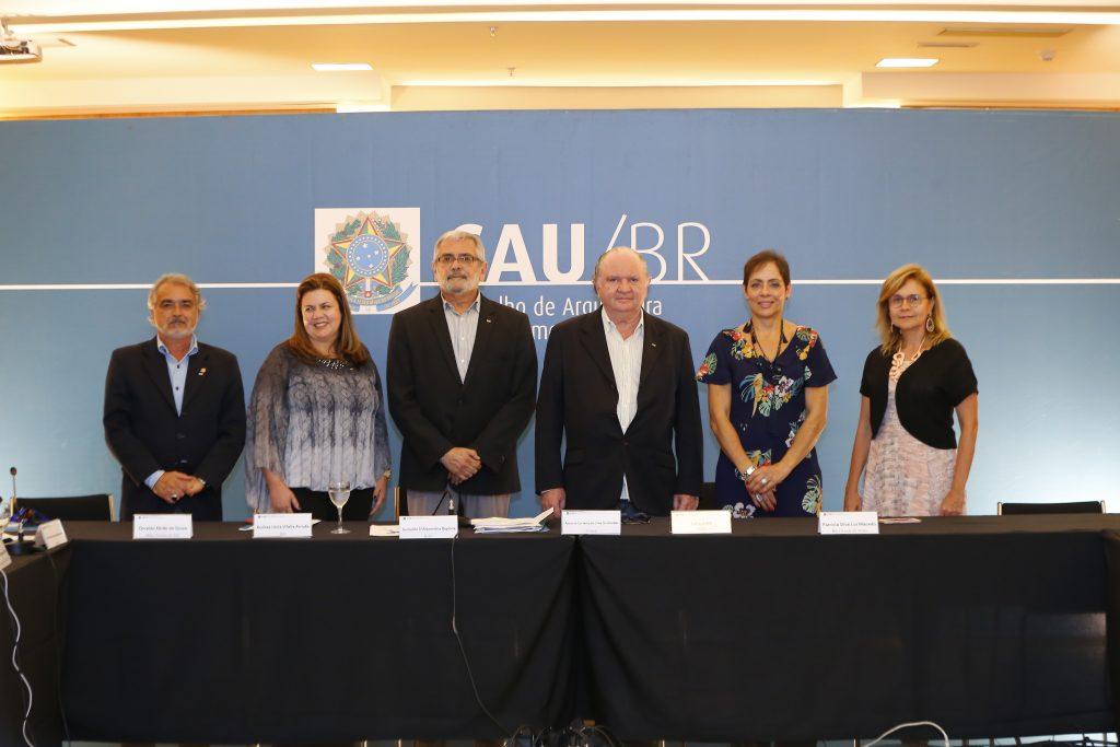 Conselho Diretor do CAU/BR para o ano de 2018: Osvaldo Abrão, Andrea Vilella, Guivaldo Baptista, Luciano Guimarães, Lana Jubé e Patrícia Luz