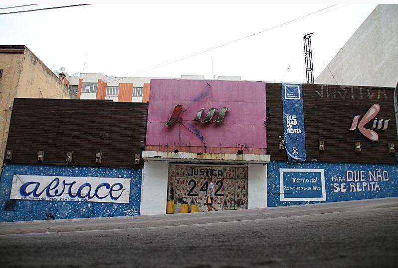A pedido das famílias, prédio onde funcionava a boate Kiss deverá ser demolido apenas ao fim do julgamento