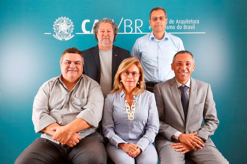 Comissão de Organização e Administração (2018):  Jeferson Navolar, Ednezer Rodrigues, José Godoy (coordenador-adjunto), Patrícia Luz (coordenadora) e Emerson Nascimento