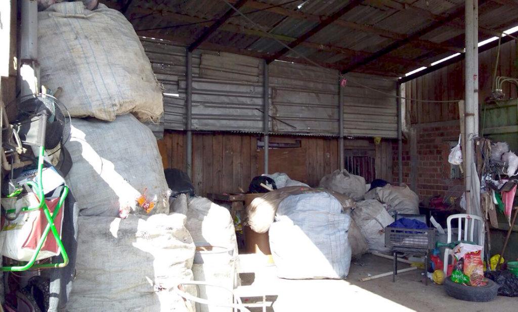 Moradores aceitaram a ideia de mudar o o local do depósito de materiais recicláveis