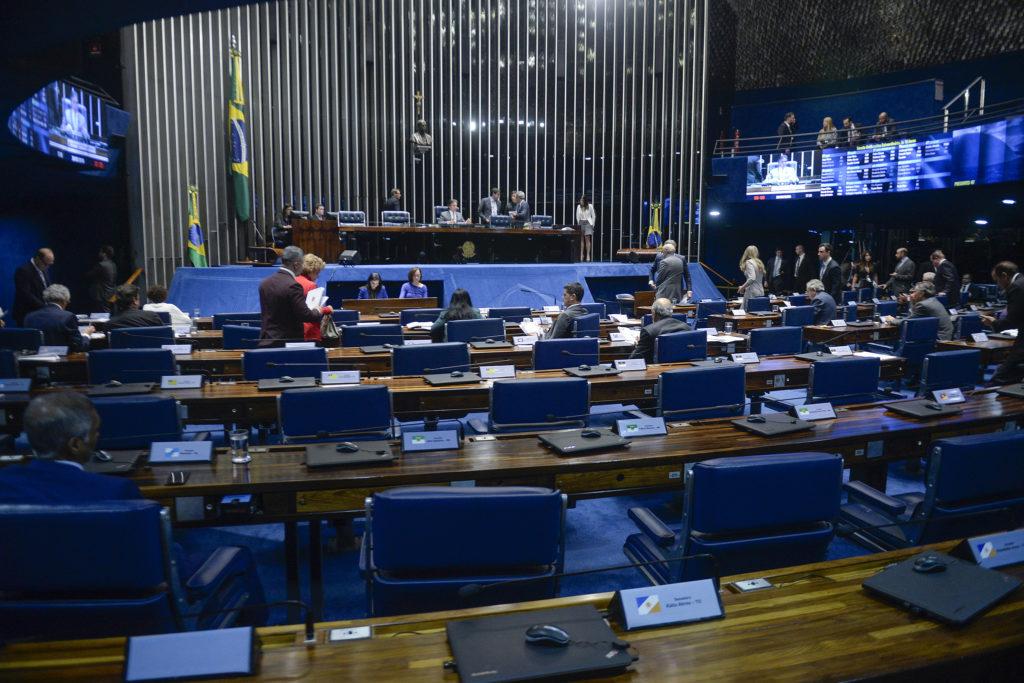 Plenário do Senado no dia 28/5, data de aprovação do texto da MP