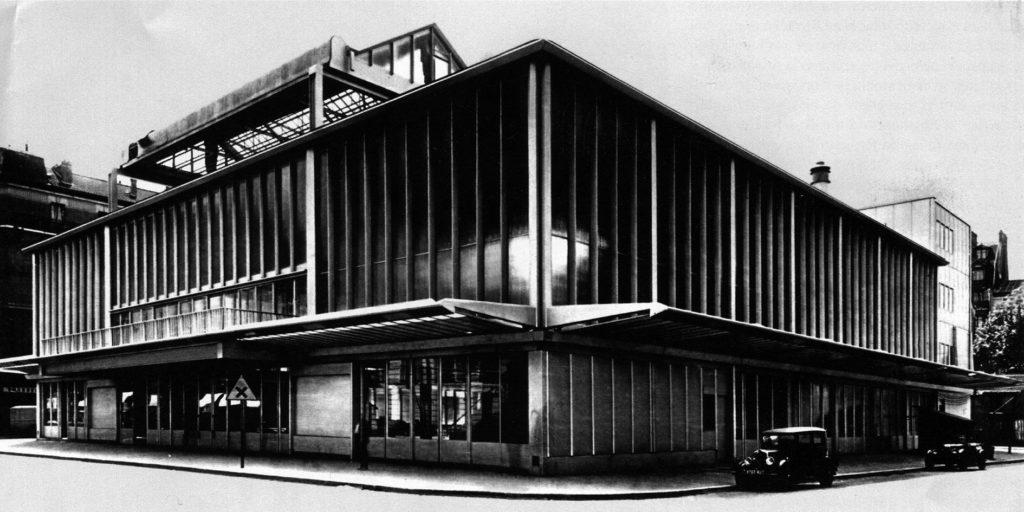 Casa do Povo de Clichy à época de sua inauguração